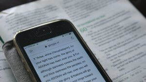 Should You Read the Bible on Your Phone?